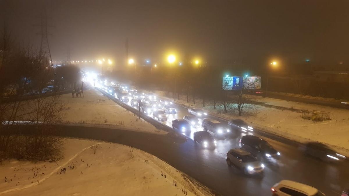 Центр Екатеринбурга: пробки есть, домов нет