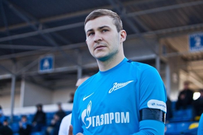 23-летний футболист уже приехал в Екатеринбург