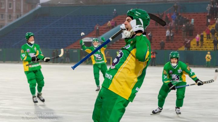 Красивый хоккей: на чемпионате России «Водник» с крупным счётом обыграл «Уральского Трубника»