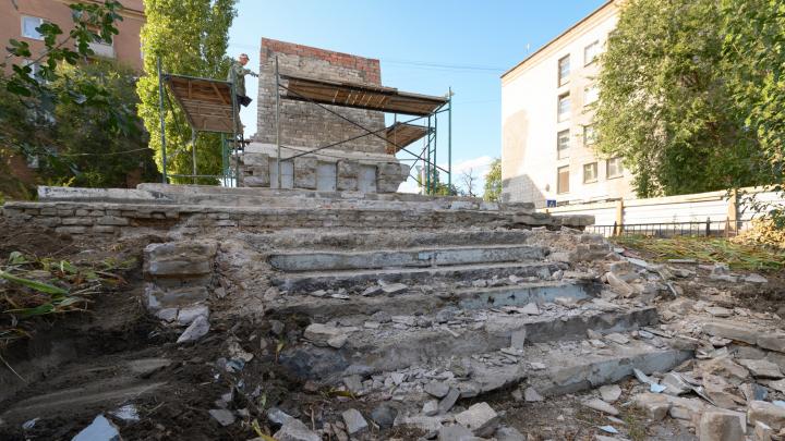 В Волгограде разрушилипамятник на братской могиле бойцов 45-й стрелковой дивизии