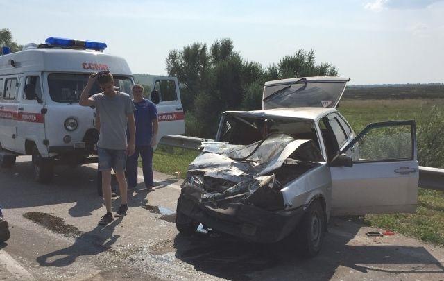 В Самарской области на автодороге Сызрань — Шигоны произошло массовое ДТП