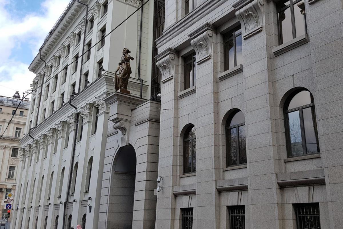 Завтра Верховный суд рассмотрит иск Ледешковой