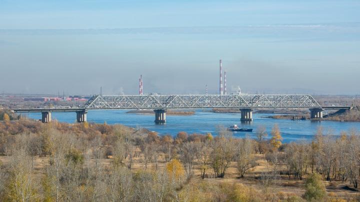 Мост «777» закрывают в субботу ради шоу с танками и военной техникой