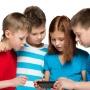 Они следят за детьми, будят и считают шаги: гаджеты, которые пригодятся каждому школьнику