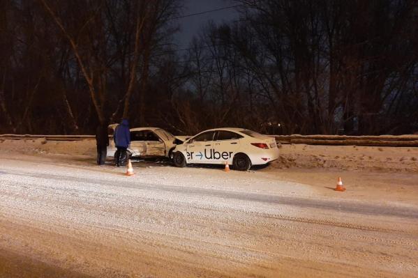 ВодительToyota Corolla с тяжелыми травмами госпитализирован в реанимацию