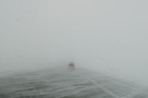 Так сейчас выглядит трасса Магнитогорск — Сибай, рассказывают южноуральские водители
