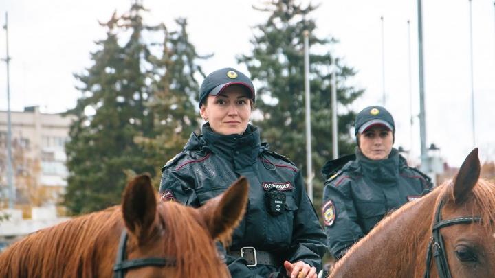 Показали себя: в Самаре прошел гарнизонный смотр самарской полиции