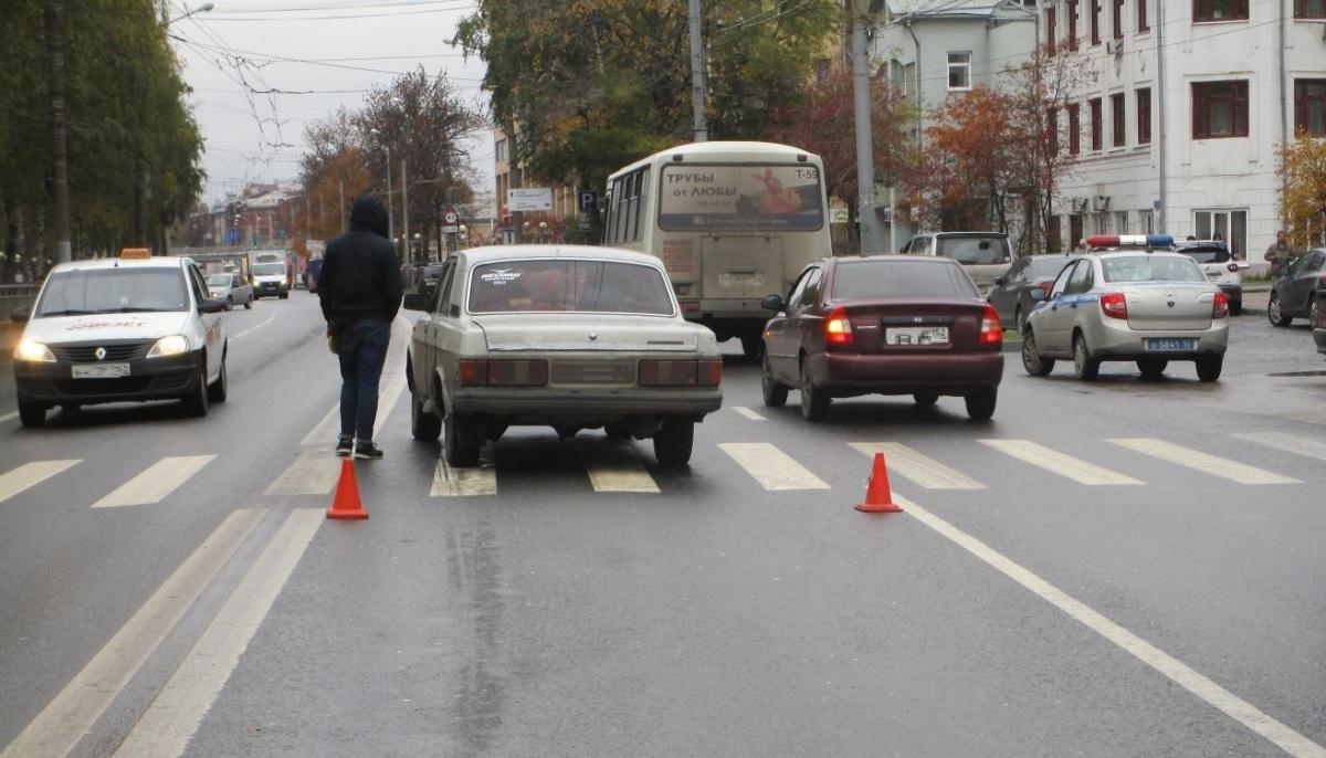 На этом пешеходном переходе водители тормозят не всегда