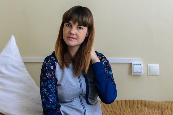 Анастасия Попова провела 4 месяца в больницах, у неё была смертельно опасная инфекция сердца — и пришлось пойти на экстренные роды