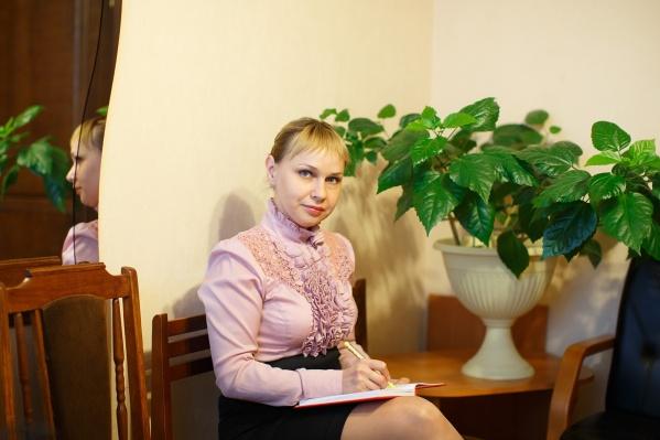 Заместитель директора театра по финансам Юлия Серова будет исполнять обязанности руководителя