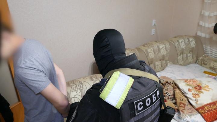 Челябинские силовики задержали четырёх мужчин по обвинению в помощи террористам