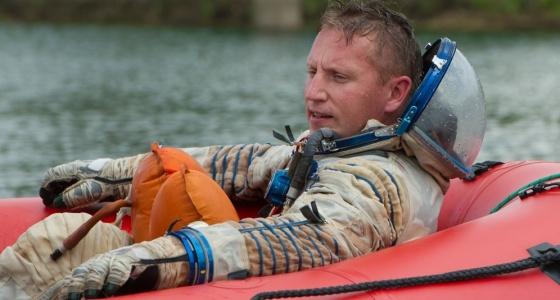 Выжить в пустыне, в лесу и на воде: как екатеринбуржец Сергей Прокопьев готовится к полёту в космос