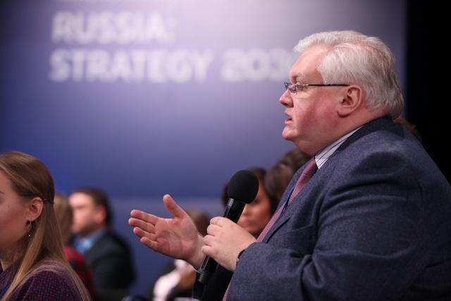 Взаксобрании Красноярского края отыскали замену возглавившему регион Александру Уссу