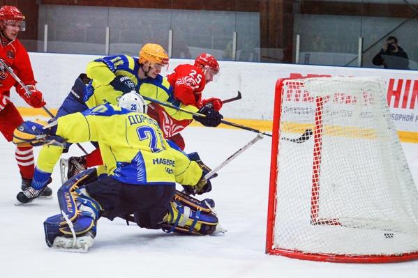 На последней секунде мачта ХК «Ростов» забил победную шайбу в ворота челнинцев