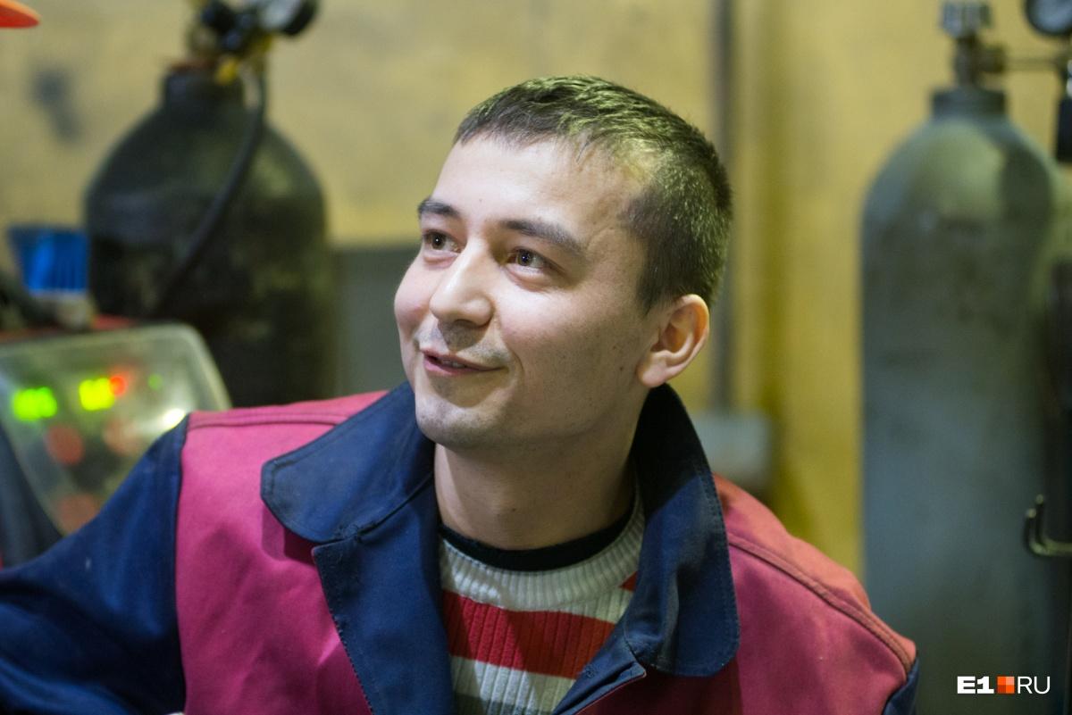 Сварщик Сергей Джаббаров