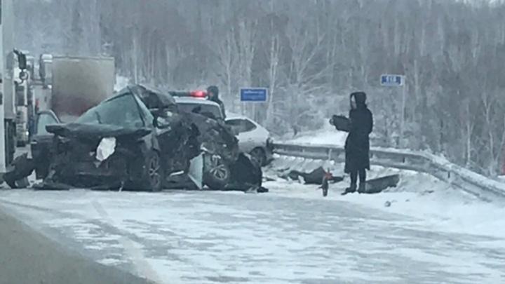 Погиб водитель BlaBlaCar и его пассажир: подробности смертельного ДТП под Новосибирском