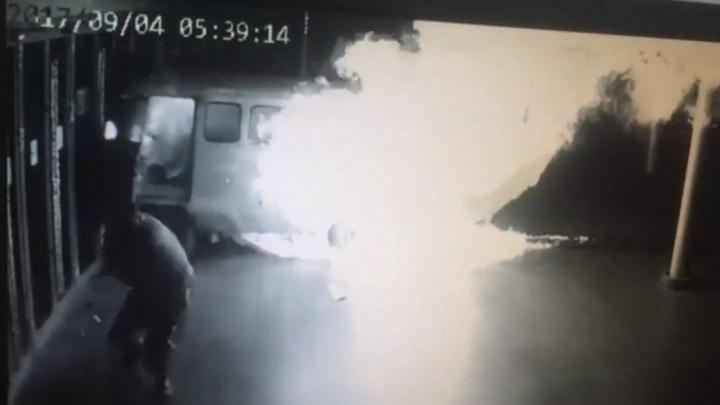 """Дорожное видео недели: """"буханка"""" в """"Космосе"""", наглый воришка и разборки с автохамом"""