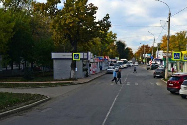 Самовольно возведенный ларек стоял на улице Сергея Лазо