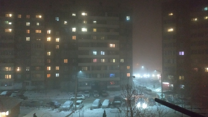 «Потрогай воздух руками»: самые жуткие снимки смога в Красноярске
