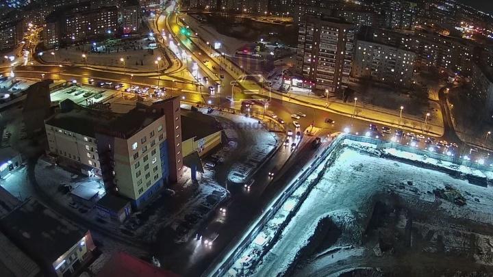 Видео: на Краснодарской машину эффектно развернуло после ДТП