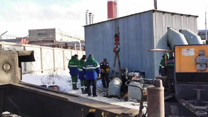 Крупный микрорайон Челябинска из-за коммунальной аварии остался без горячей воды и отопления