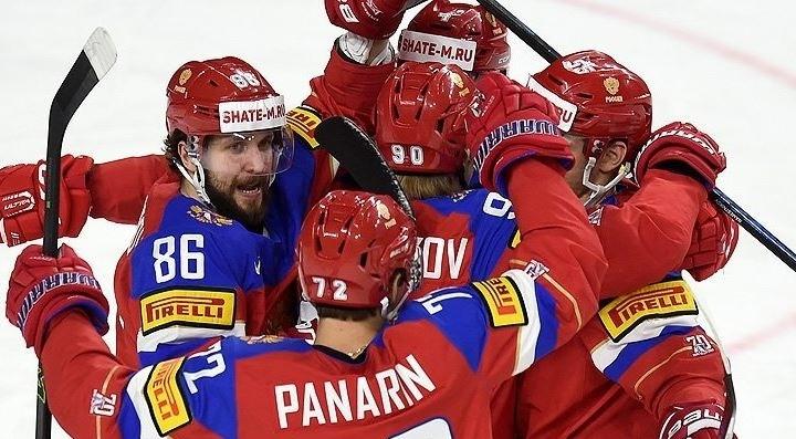 Россия одержала шестую победу подряд на чемпионате мира по хоккею, разгромив Латвию 5:0