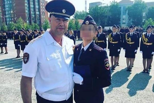Заместитель начальника управления Росгвардии по РБ, полковник&nbsp;Ирек&nbsp;Сагитов с дочерью<br>