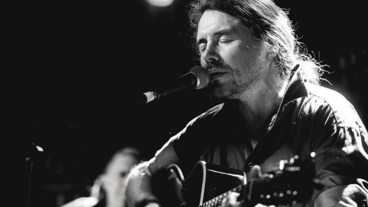 «Музыканты не провокаторы и не обслуживающий персонал»: интервью с рокером про реальность и песни