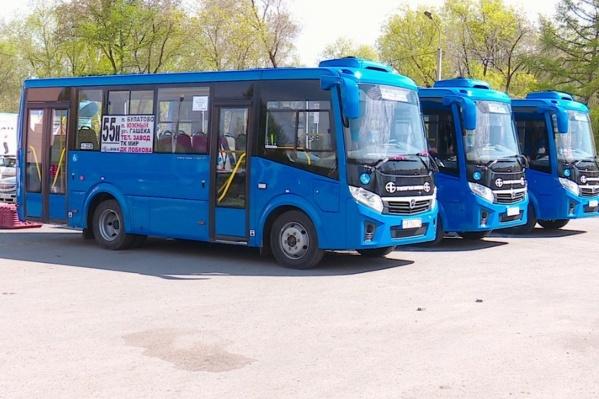 Омский перевозчик купил шесть синих автобусов | НГС55 - новости Омска