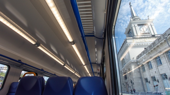 Саратовцы смогут на выходные съездить в Волгоград на электропоезде за 1,3 тысячи рублей
