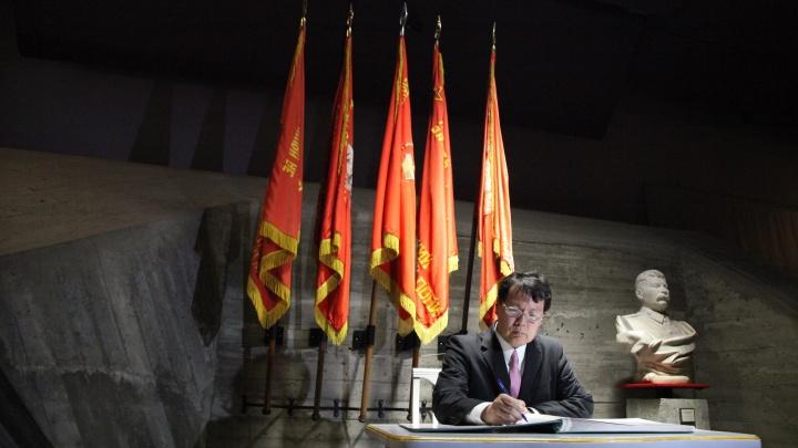 В Волгограде открылись временные консульства Польши и Японии