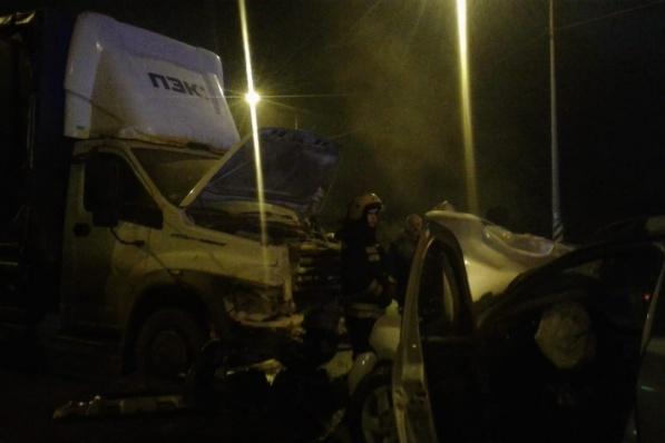 Авария произошла на Третьей Продольной магистрали