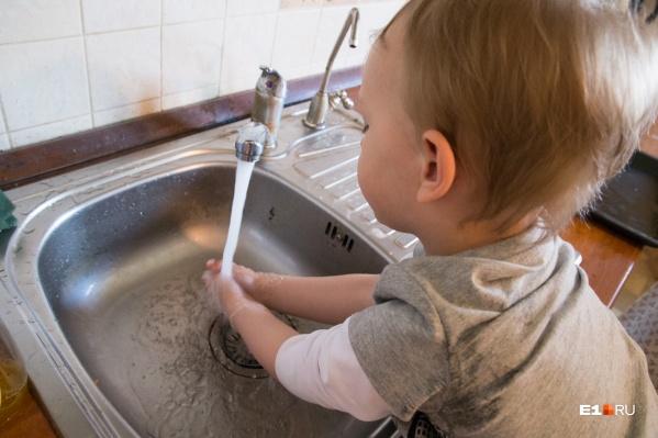 Перед началом опрессовок температуру воды снизят