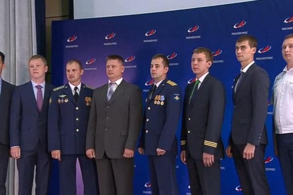 Евгений Прокопьев — крайний справа