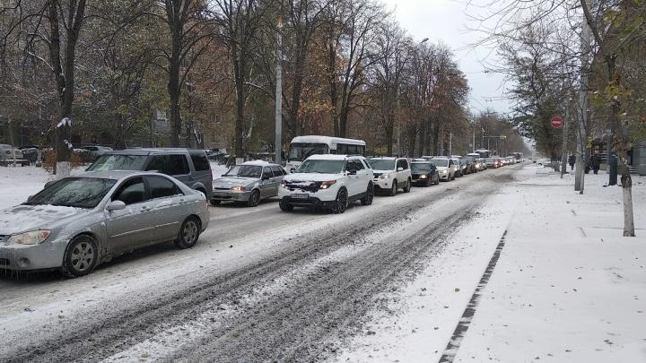Утро «удалось»: из-за снежных заторов Ростов снова в девятибалльной пробке