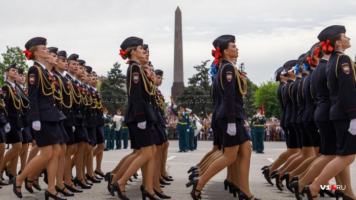 Волгоград попал в десятку городов с самым эффектным парадом и праздничным фейерверком