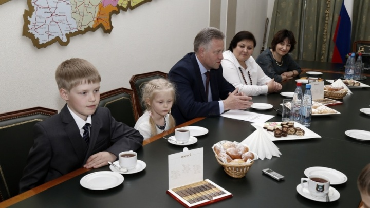 Курганская многодетная семья получит орден из рук Владимира Путина