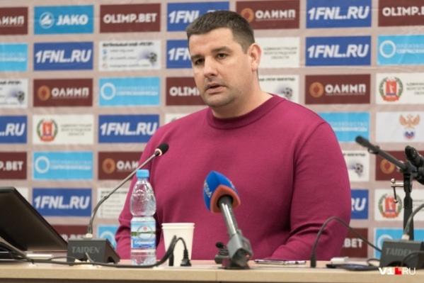 Андрей Рекечинский попросил о шоу и полном секторе