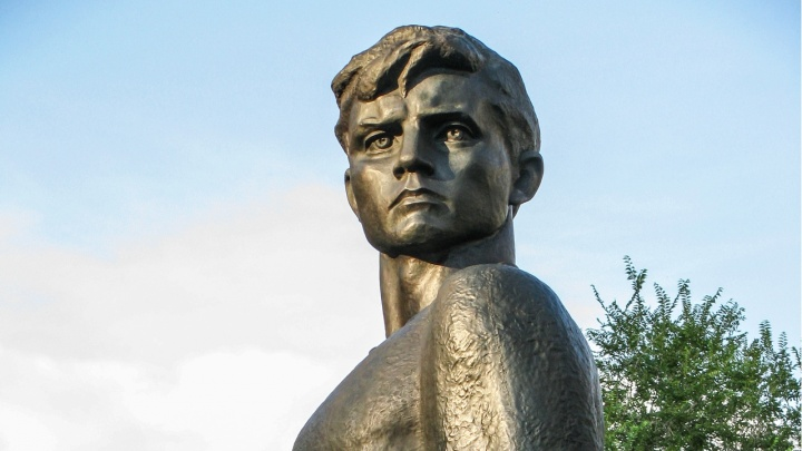 Администрация Волгограда поручила библиотекам и школам организовать празднование 100-летия комсомола