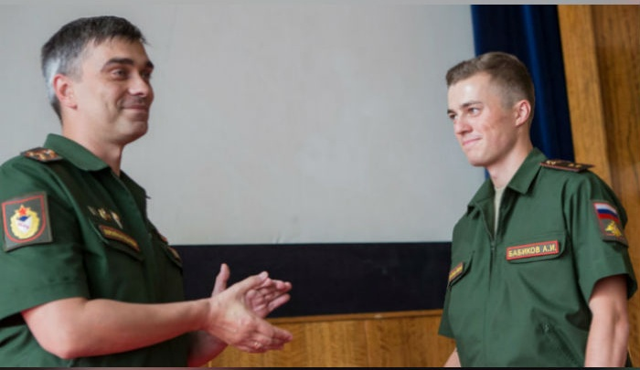 Башкирский биатлонистАнтон Бабиков стал лейтенантом