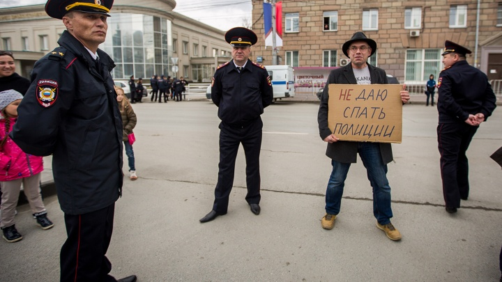 «Попадались на глупости»: антисоветчики — о том, как критиковать власть и не сесть за это