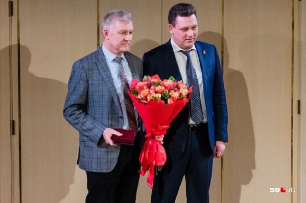 Николай Калинин (справа) получил президентскую награду за свою работу в области метеорологии