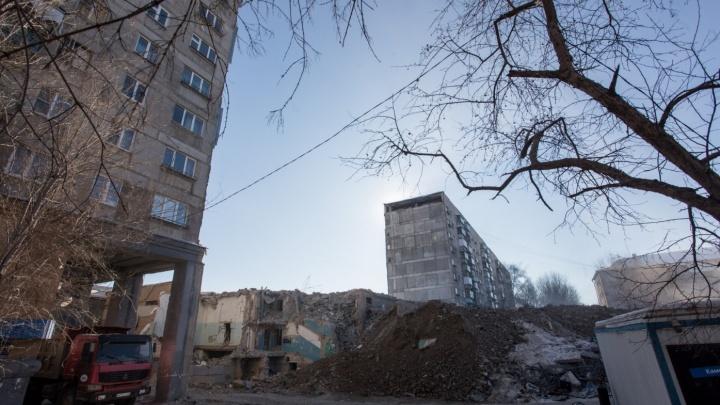 Власти поторопили жителей пострадавшего от взрыва дома в Магнитогорске с решением о переезде