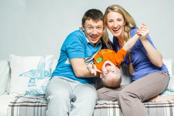 «Запсибкомбанк» предоставляет семьям льготные условия на программу рефинансирования