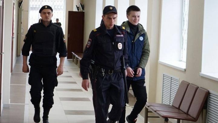 Cуд отправил разбойника Игоря Новосёлова в колонию на 2,5 года