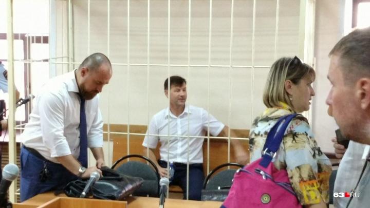 Собирал деньги за фото в роддомах: Дмитрию Сазонову предъявили новые обвинения