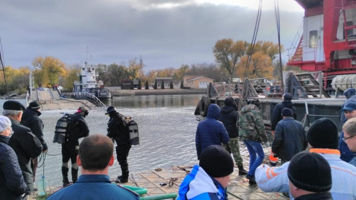 В Ростове начали ремонт моста на Зеленый остров