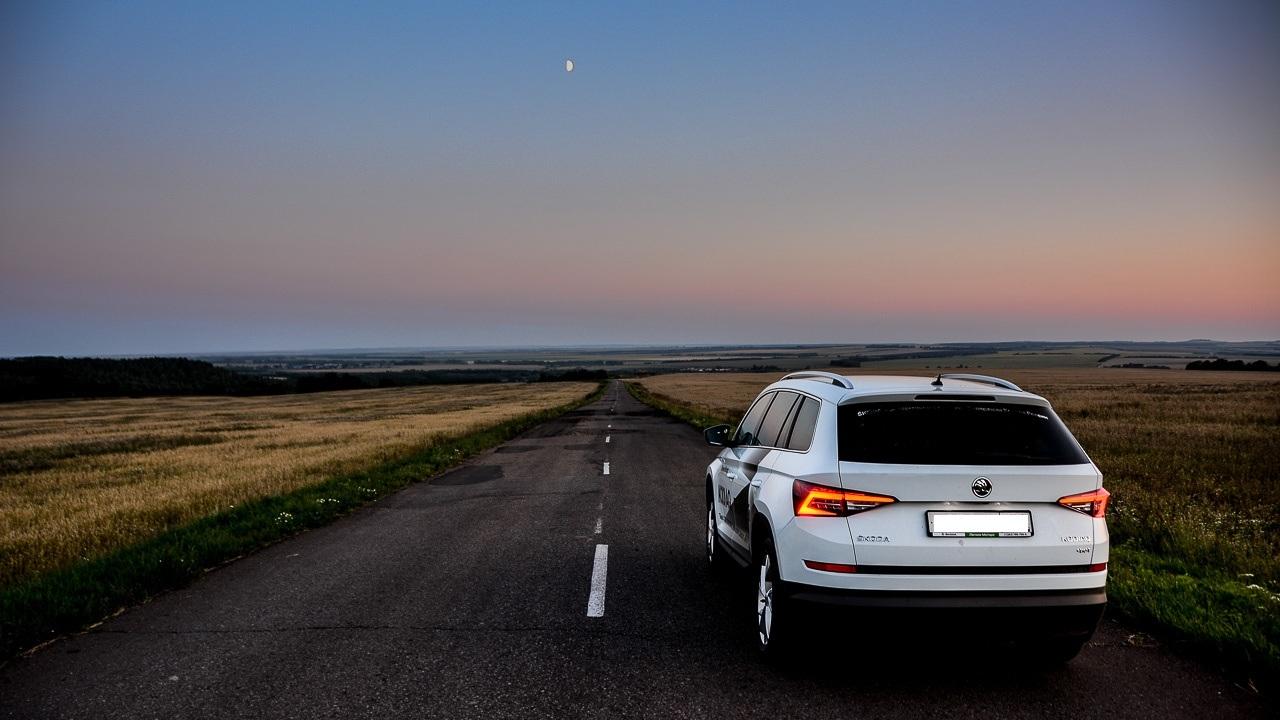 Местные предложат вам объезд по второстепенным дорогам, а чаще — полевым. Стоит услуга порядка 500 рублей