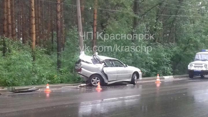 «Ехал 100 км/ч»: арестован водитель, погубивший пассажирку в аварии на Киренского