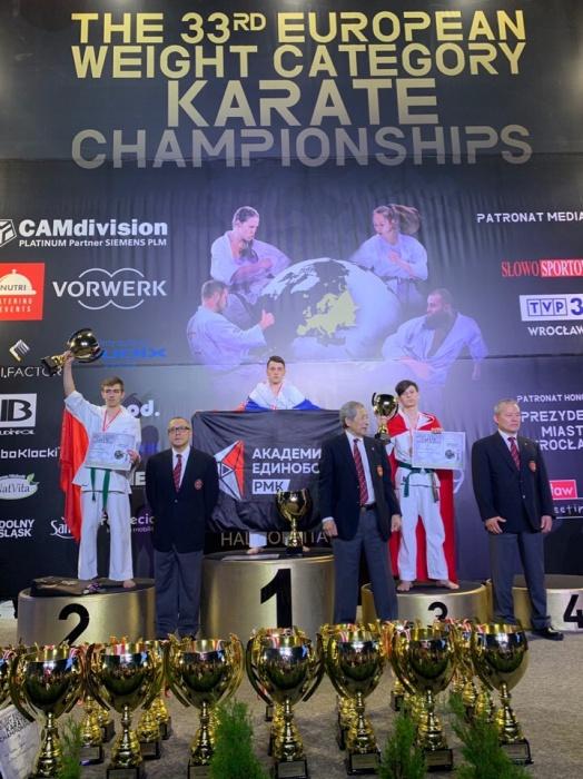Андрей Достовалов победил в категории 16–17 лет до 55 кг
